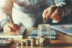 Energy Plan Search image | Man saving money
